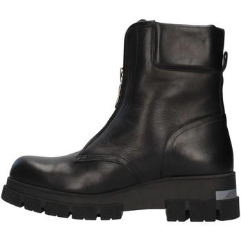Čevlji  Ženske Gležnjarji Albano 1084A BLACK