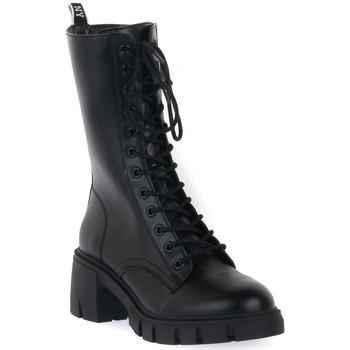 Čevlji  Ženske Gležnjarji Steve Madden BLACK HIGHLAND Nero