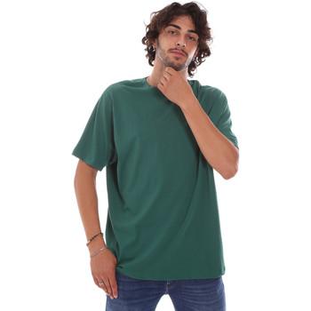 Oblačila Moški Majice s kratkimi rokavi Invicta 4451244/U Zelena