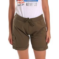Oblačila Ženske Kratke hlače & Bermuda Key Up 5G75F 0001 Zelena