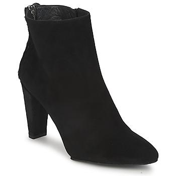 Čevlji  Ženske Gležnjarji Stuart Weitzman ZIPMEUP Črna