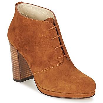 Čevlji  Ženske Gležnjarji Betty London PANAY Kamel