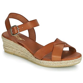 Čevlji  Ženske Sandali & Odprti čevlji Betty London GIORGIA Kamel