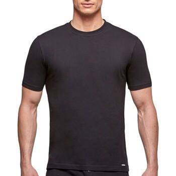 Oblačila Moški Majice s kratkimi rokavi Impetus 1361001 020 Črna