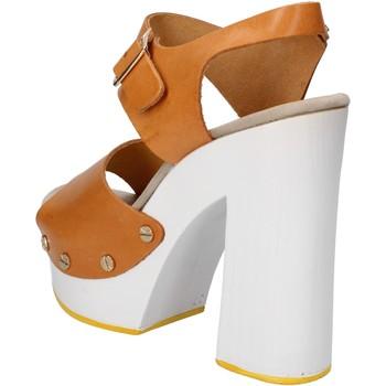 Čevlji  Ženske Sandali & Odprti čevlji Suky Brand sandali marrone pelle AC485 Marrone