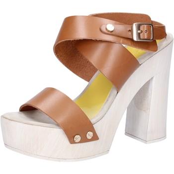 Čevlji  Ženske Sandali & Odprti čevlji Suky Brand sandali marrone pelle AC816 Marrone