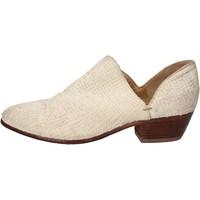 Čevlji  Ženske Gležnjarji Moma AD88 Bela