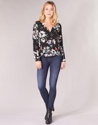 Oblačila Ženske Jeans skinny Diesel SLANDY Niebieski / 681g