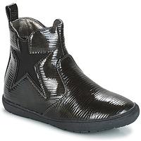 Čevlji  Deklice Polškornji André FURY Črna