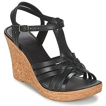 Čevlji  Ženske Sandali & Odprti čevlji André FABULEUSE Črna