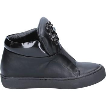 Čevlji  Ženske Gležnjarji Sara Lopez sneakers nero pelle BX704 Nero