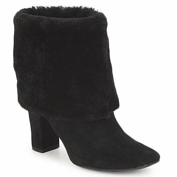 Čevlji  Ženske Gležnjarji Rockport HELENA CUFFED BOOTIE Črna